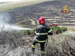 SAN MARCELLO stoppie sterpaglie fiamme MONTECAROTTO vdf2019-07-21-x00 (2)