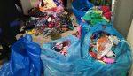 Ambulanti abusivi lungo la spiaggia di Senigallia: sequestrata merce per tredicimila euro