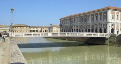 Il nuovo ponte 2 Giugno, il professor Petrangeli ha illustrato il suo progetto al presidente del Consorzio di Bonifica