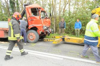 SERRADECONTI incidente camion2019-11-18 (3)