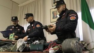 FANO carabinieri forestali bracconieri denunciati materiale sequestrato2019-12-03x (2)
