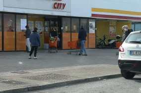 SENIGALLIA cporonavirus supermercato city2020-03-12