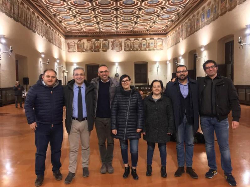 SINDACI MILLUMINO DI MENO da sin. Fabbrizioli, Ciccolini, Feduzi, Belpassi, Sacchi, Sorcinelli e Gasperi