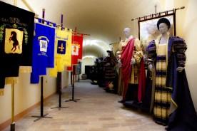 CORINALDO sala-costume-1