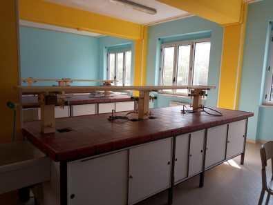 Savoia_laboratorio scienze_PRIMA
