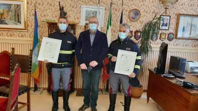 MONTEMARCIANO sindaco agenti premiati2021-03-20