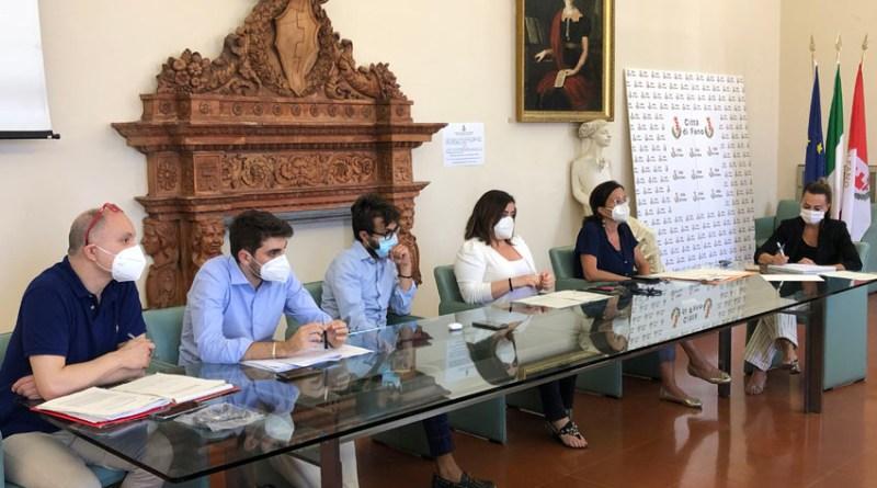 Tassa sui rifiuti, Fano e Pesaro siglano un percorso condiviso con le associazioni di categoria