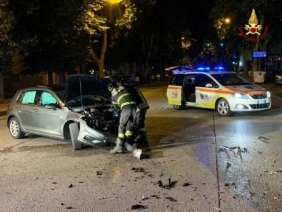 JESI incidente auto viale feriti2021-07-05 (2)