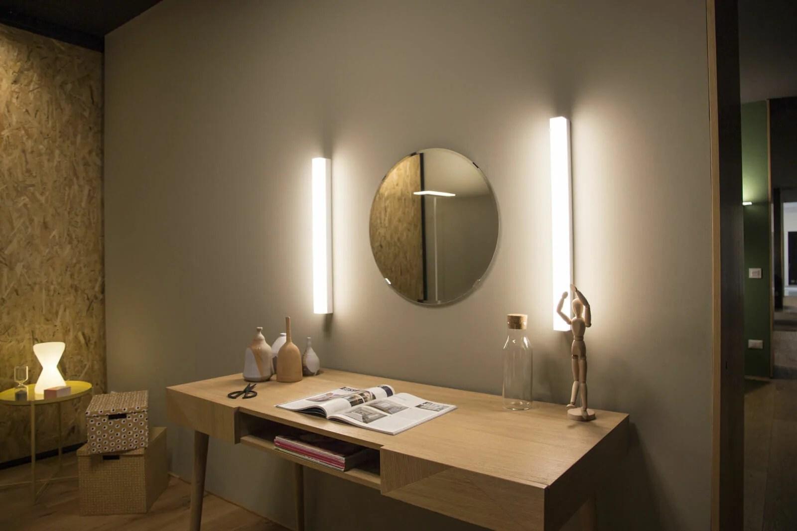 Kioo Applique da parete Linea Light  Lampada a doppia emissione per applicazione indoor  La Luce