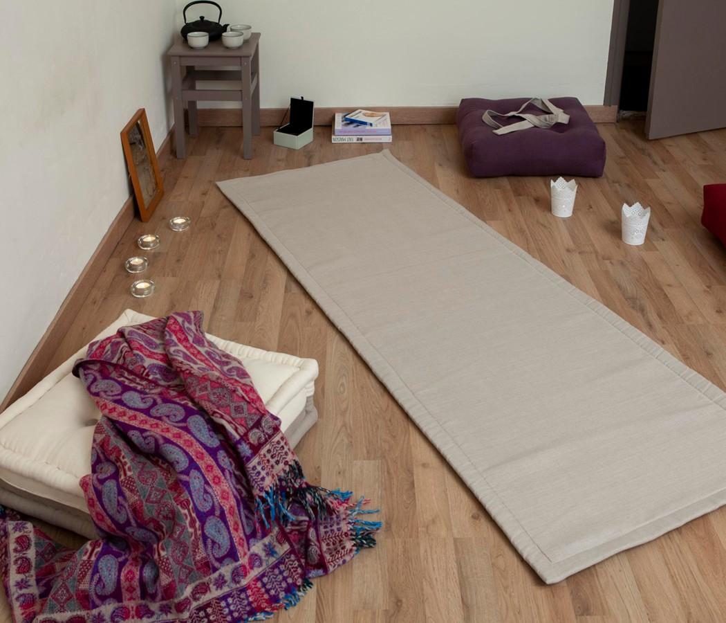 tapis de yoga en matieres naturelles feutre de laine de mouton avec une face en tissu 100 lin bio ou metis lin coton feutre en pure laine et tapis