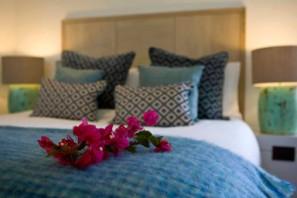 Queen bedroom with flowers