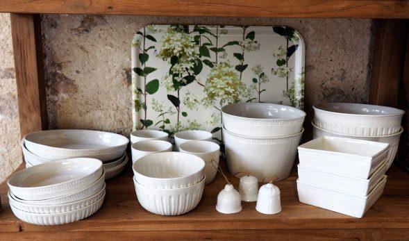 Plateau Hydrangea et porcelaine Alix D Reynis