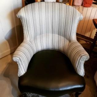 renovation-fauteuil-crapaud-simili-cuir