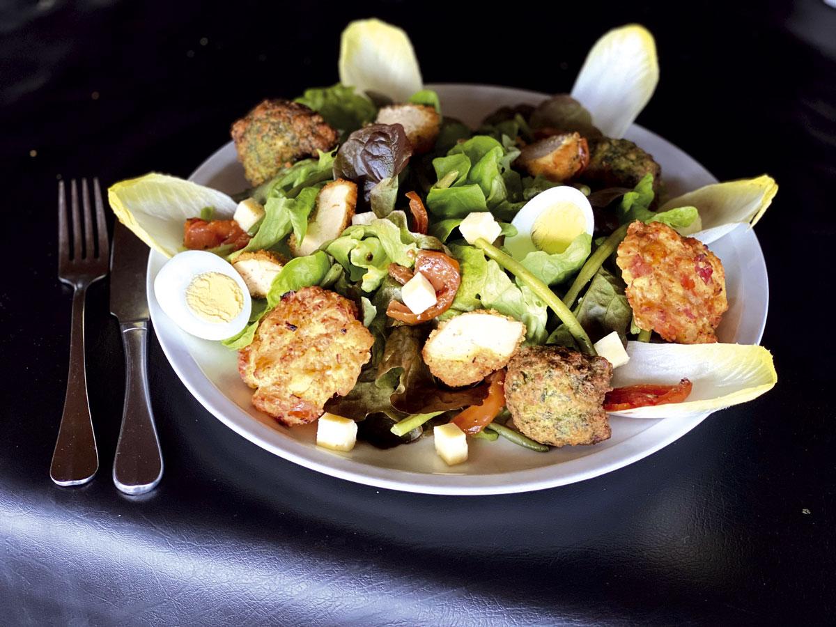 Salade estivale XXL à La Mangoune