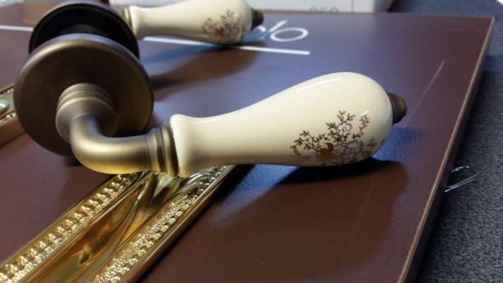 maniglie in porcellana