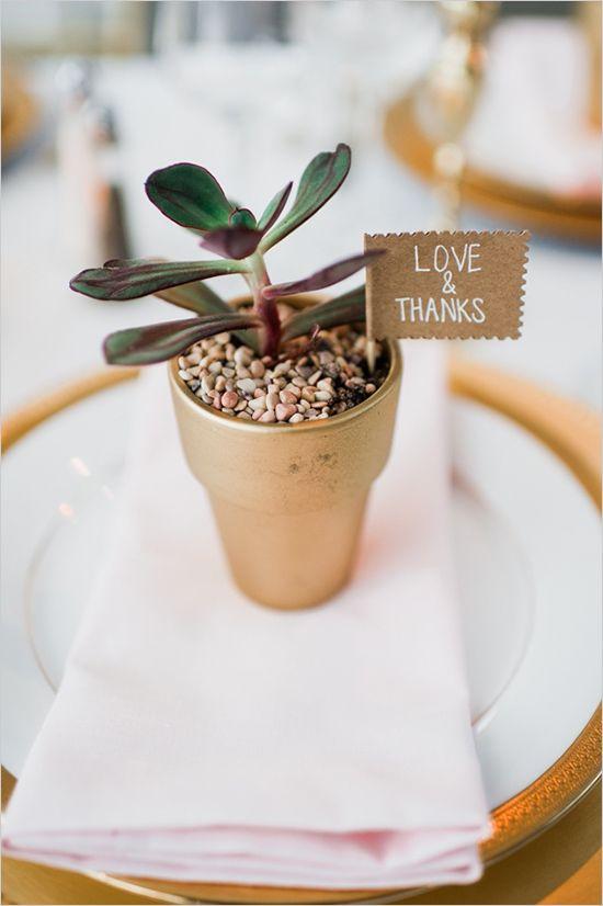 Inspirations pour un mariage doré | Détails Cadeau Invité Doré | présenté par La Mariée Sous Les Etoiles
