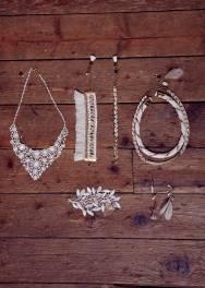 4 collections capsules spéciales mariage pour robe de mariée 2015 à prix mini | Collection Capsule Mariage Sessùn Oui 2015 : Accessoires | La Mariée Sous Les Etoiles