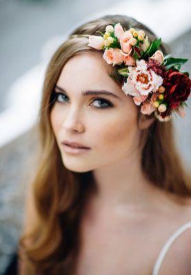 Couronne de fleurs Mariage _ Photography Jess Jackson via Hello May