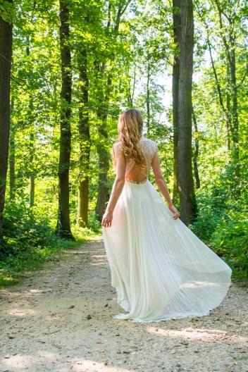 Adeline Bauwin • Une collection 2017 pour futures mariées bohèmes | Crédit : Cécile aka Blondie Confettis | Blog mariage La Mariée Sous Les Etoiles