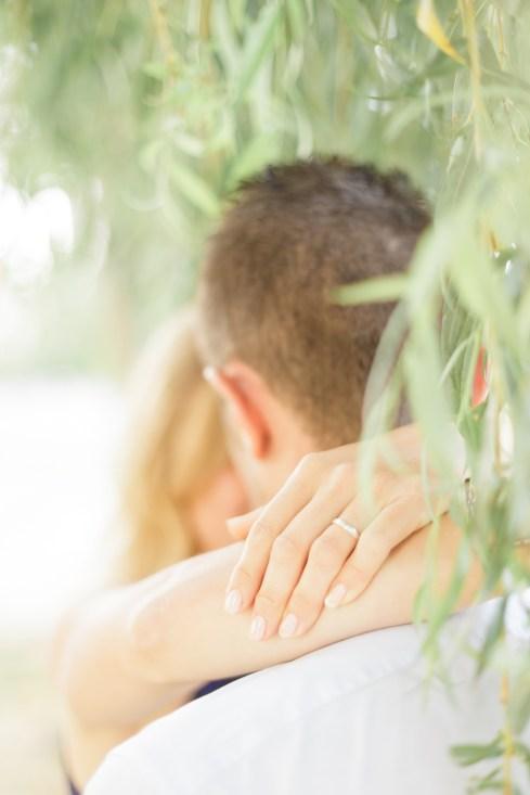 Love Session végétale sur les bords de l'Oise   Fabien Colin   Blog mariage La Mariée Sous Les Etoiles