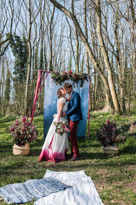 Shooting d'inspi mariage boho denim dans la forêt bordelaise blondie confettis (23)