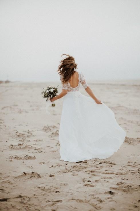 amour esprit boho-hivernal sur la plage du Touquet_cg-photographie_lamarieesouslesetoiles (10)