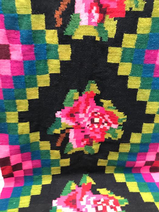 tapis kilim moldave a la rose la