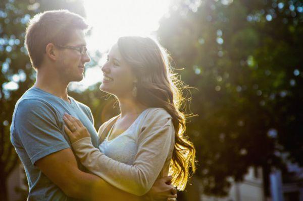 女朋友不讓男朋友碰 這幾種表現代表她不愛你 - 戀愛技巧 - 辣媽女性網