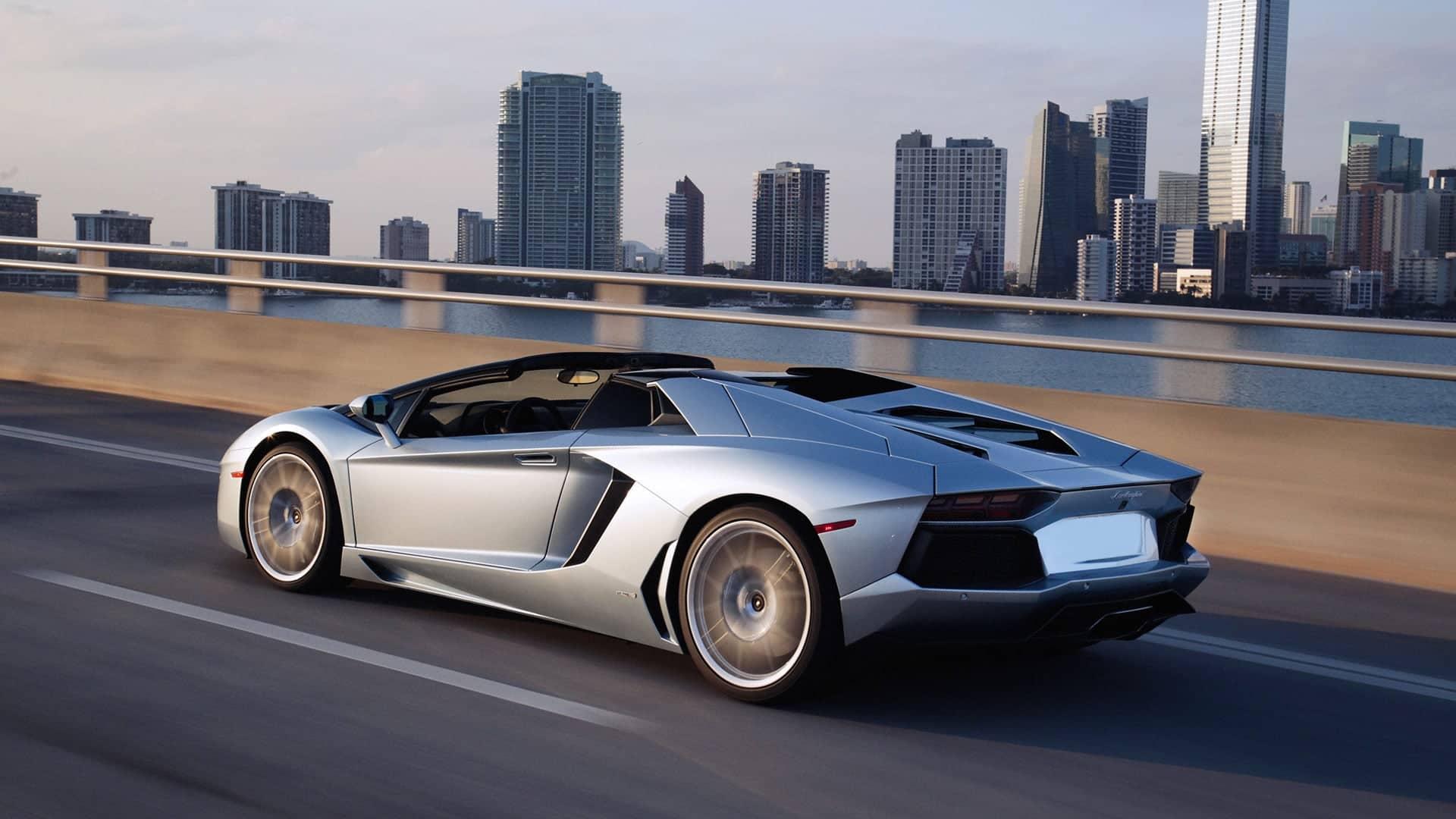 Lamborghini Aventador Roadster Pictures Videos
