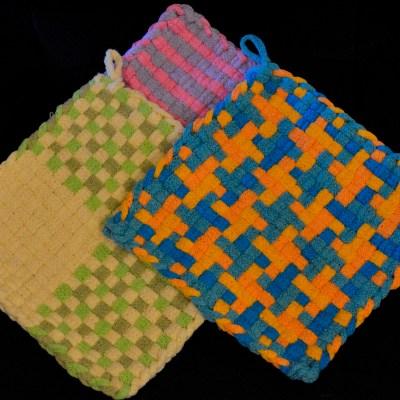 Kids' Potholder Loom Weaving: June 29th