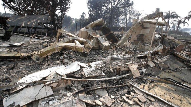 Los restos de la casa de Robin Thicke en Malibú