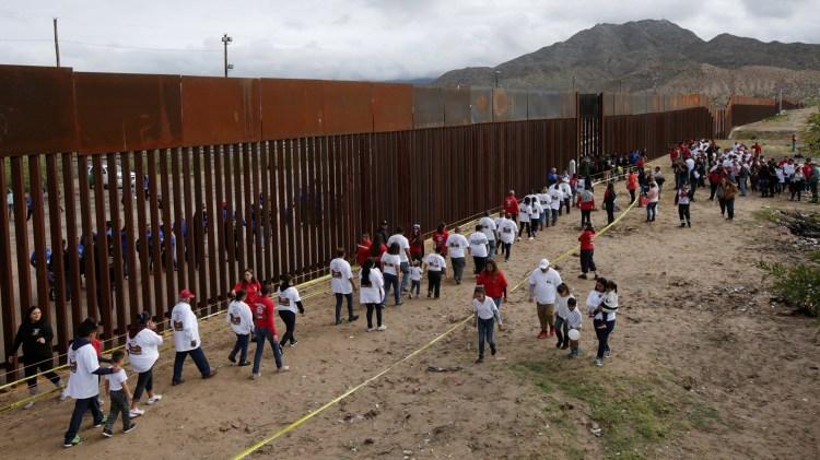 Miles de centroamericanos han llegado a la frontera sur de EEUU(Foto: Reuters)