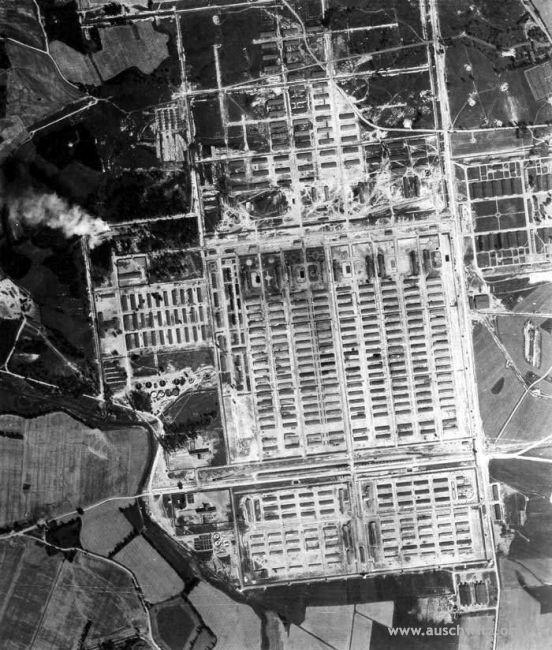 Ripresa aerea di Auschwitz 2