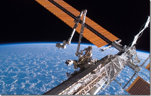international-space-station_canadarm2_solar_array_panel_wings