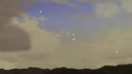 Formación Simulada de OVNIs Sobre Hawaii.