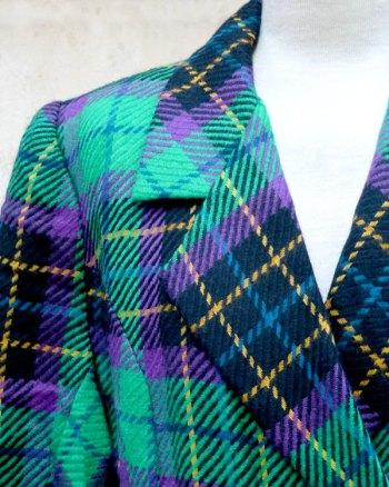 Blaizer de cuadros escocés con doble abotonadura