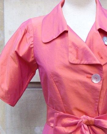 Chaquetilla Armani Collezioni de seda tornasolada