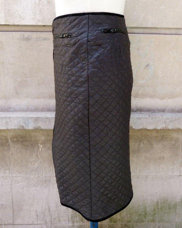 "falda ""Matelassé"""