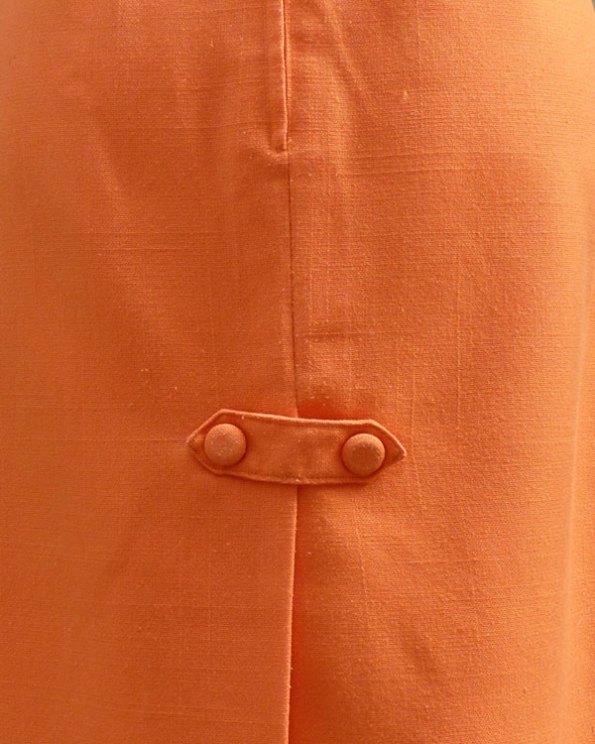 Falda midi 60's de color naranja
