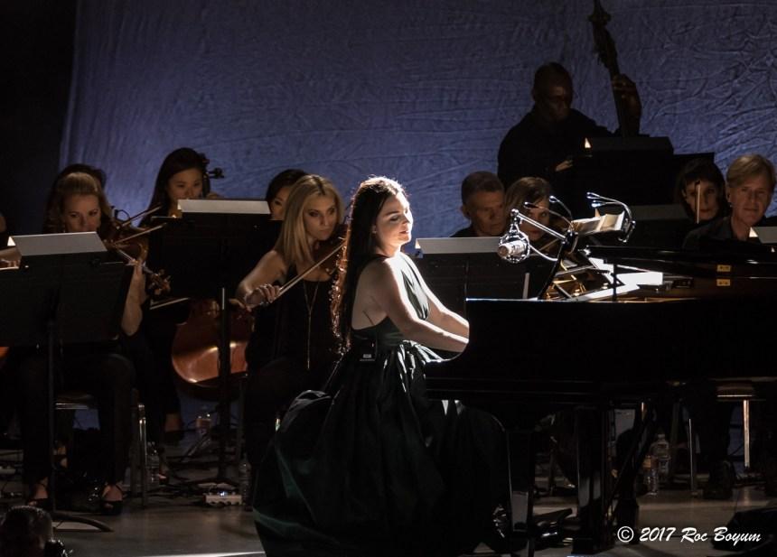 Evanescence-GreekTheater-LosAngeles_CA-20171015-RocBoyum_22
