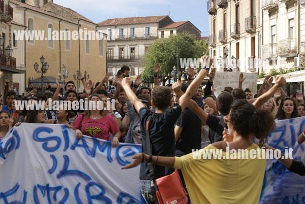 manifestazione-studenti-ottobre-2012-ter
