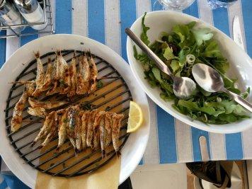 Misano, spuntino a pranzo: alici alla Piazzetta di Misano