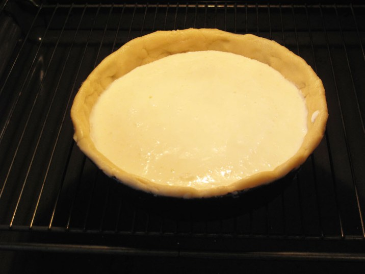 Crostata allo yogurt: cottura in forno
