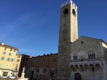Piazza Paolo VI (Duomo). Brescia