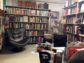 Biblioteca della Moda in Via Alessandria