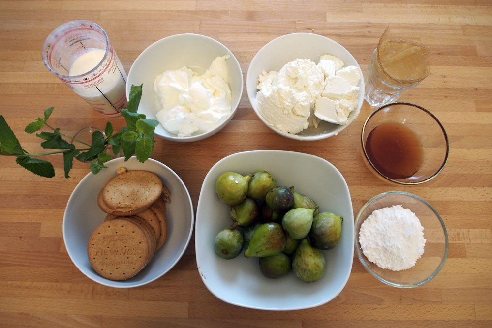 Cheesecake di yogurt, ricotta e fichi