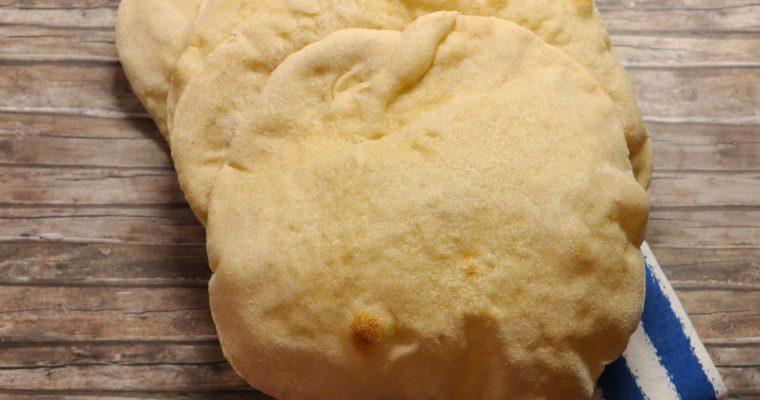 Pane pita con lievito madre secco