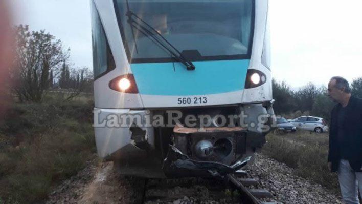 Τρένο παρέσυρε αυτοκίνητο στη Φθιώτιδα - μια γυναικα νεκρή