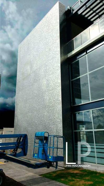 Fachadas con lamina perforada laminapunzonada com for Programa diseno exteriores