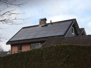 Zonnepanelen-op-daken-1